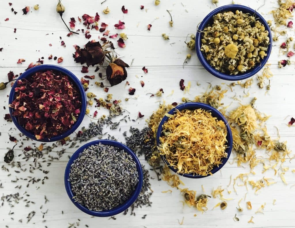 dry flowers for skin care